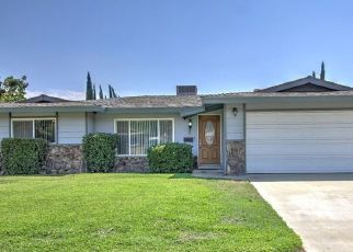 Foreclosed Home en IVY AVE, Fontana, CA - 92335