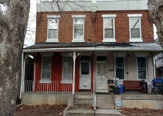 Foreclosed Home en W MENTOR ST, Philadelphia, PA - 19120