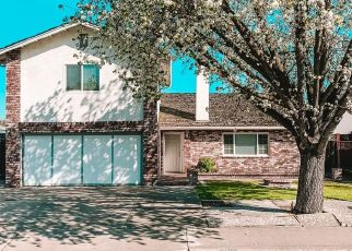Foreclosed Home en ELLIS ST, Modesto, CA - 95354