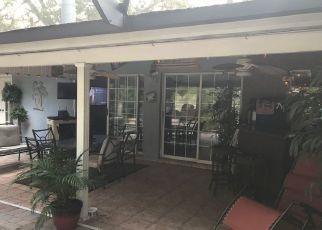 Foreclosed Home en HOYT AVE, Tampa, FL - 33617