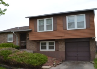 Foreclosed Home en WINSTON DR, Country Club Hills, IL - 60478