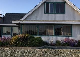 Foreclosed Home en TICONDEROGA ST, San Diego, CA - 92117
