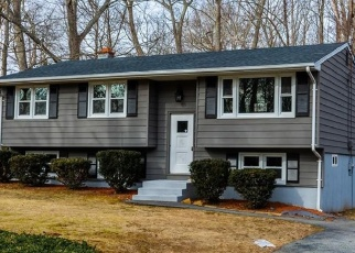 Foreclosed Home en FLORENCE DR, Mystic, CT - 06355