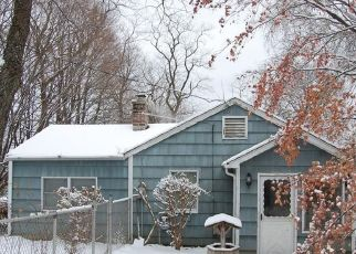 Foreclosed Home in GOLDEN HILL RD, Danbury, CT - 06811