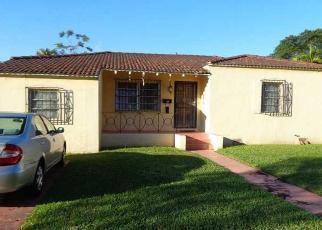 Foreclosed Home en PASH E HO WA DR, Hialeah, FL - 33010