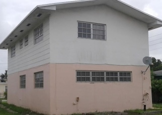 Foreclosed Home en NE 170TH ST, Miami, FL - 33162