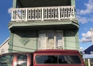 Foreclosed Home en VAN BRUNT RD, Far Rockaway, NY - 11693