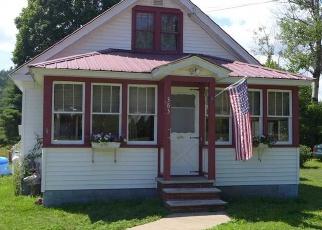 Foreclosed Home en LAKE AVE, Lake Luzerne, NY - 12846