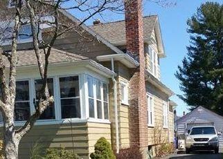 Foreclosed Home en CAMBRIDGE ST, West Hartford, CT - 06110
