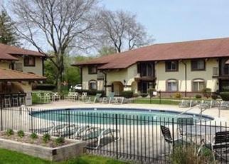 Casa en ejecución hipotecaria in Menomonee Falls, WI, 53051, N82W13522 FOND DU LAC AVE ID: P1039563