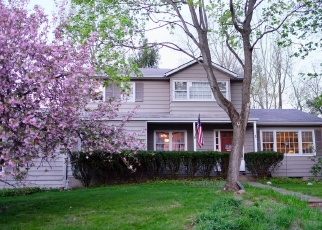 Foreclosed Home en FOX LN, West Nyack, NY - 10994