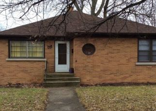 Foreclosed Home en MANOR CT, Joliet, IL - 60436