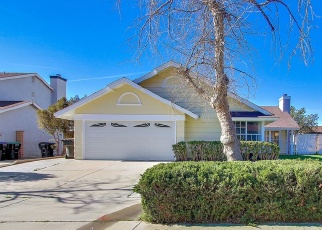 Foreclosed Home en W MEYERS RD, San Bernardino, CA - 92407