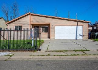 Foreclosed Home en 13TH AVE, Sacramento, CA - 95820