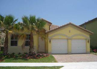 Foreclosed Home en SW 93RD ST, Miami, FL - 33196