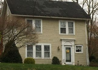Foreclosed Home en CONGRESS ST, Fairfield, CT - 06824