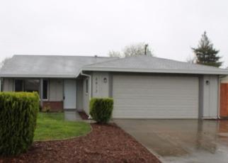 Foreclosed Home en GREEN GLEN WAY, Sacramento, CA - 95842