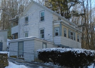 Foreclosed Home en LINDEN PL, Vernon Rockville, CT - 06066