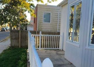 Foreclosed Home en BARNES ST, Long Beach, NY - 11561