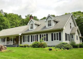 Foreclosed Home en BARBARA RD, Tolland, CT - 06084