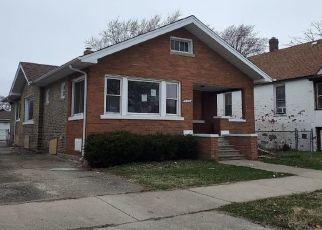 Foreclosed Home en DOUGLAS AVE, Calumet City, IL - 60409