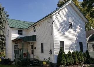 Foreclosed Home en GWINN ST, Medina, NY - 14103
