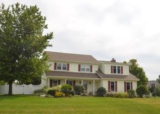 Foreclosed Home en S ELAINE DR, Plainfield, IL - 60585