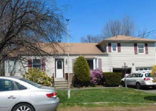 Foreclosed Home en WASHBURNS LN, Stony Point, NY - 10980