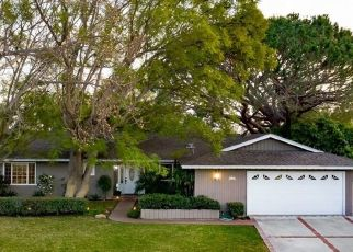 Foreclosed Home en E GARNET LN, Orange, CA - 92869