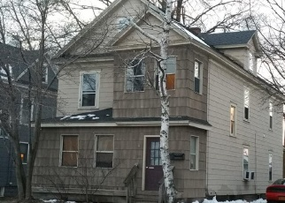 Foreclosed Home en COURT ST, Syracuse, NY - 13208
