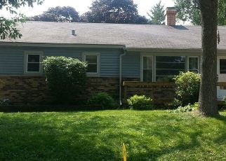 Foreclosed Home in REDWOOD ST, Crystal Lake, IL - 60014