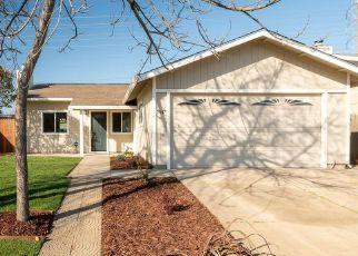Foreclosed Home en 50TH AVE, Sacramento, CA - 95828