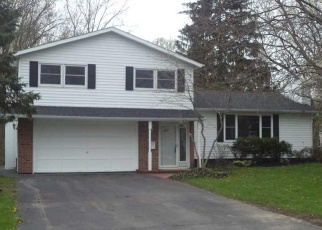 Foreclosed Home en JEWELL DR, Liverpool, NY - 13088