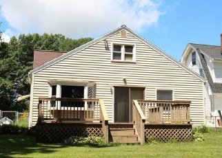 Foreclosed Home en DUFFERN DR, Rochester, NY - 14616