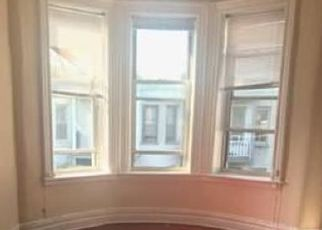 Foreclosed Home en 69TH AVE, Ridgewood, NY - 11385
