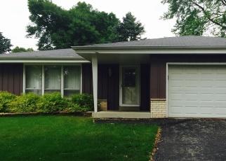 Foreclosed Home en N CELINA ST, Milwaukee, WI - 53224