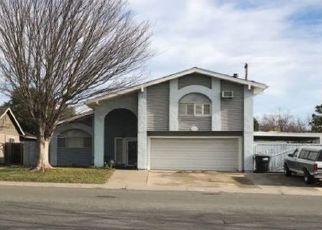 Foreclosed Home en HAREBELL CT, Sacramento, CA - 95842