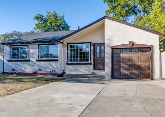 Foreclosed Home en INDIANA AVE, Sacramento, CA - 95833