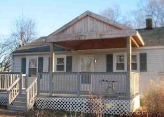 Casa en ejecución hipotecaria in Prospect, CT, 06712,  CLARK HILL RD ID: P1046889
