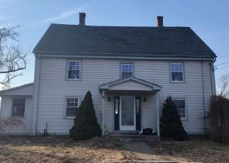 Foreclosed Home en PLEASANT ST, Cromwell, CT - 06416