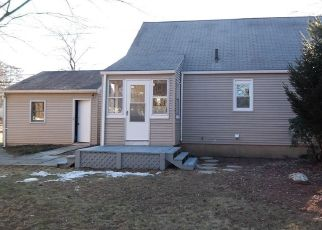Foreclosed Home en PARK AVE, Windsor, CT - 06095