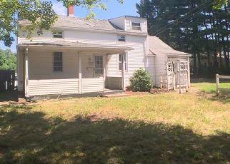 Casa en ejecución hipotecaria in East Hartford, CT, 06108,  ELLINGTON RD ID: P1047054