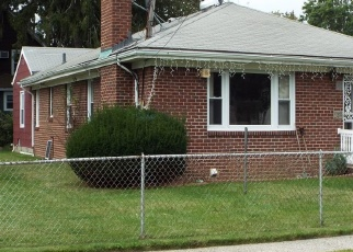 Foreclosed Home en FENIMORE AVE, Uniondale, NY - 11553