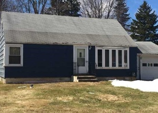 Foreclosed Home en WADSWORTH RD, Syracuse, NY - 13212