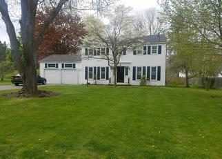 Foreclosed Home en PARKRIDGE DR, Pittsford, NY - 14534