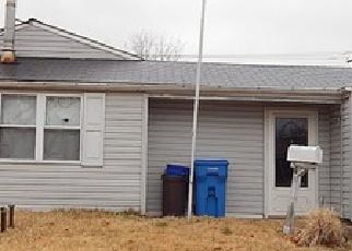 Casa en ejecución hipotecaria in Levittown, PA, 19057,  INDIAN PARK RD ID: P1048166