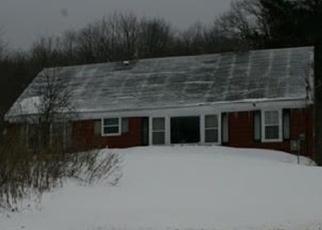Casa en ejecución hipotecaria in Moosup, CT, 06354,  POND HILL RD ID: P1048217