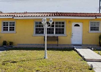 Foreclosed Home en W 10TH LN, Hialeah, FL - 33012