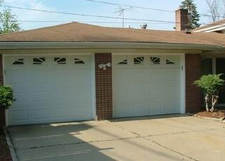 Casa en ejecución hipotecaria in Calumet City, IL, 60409,  BUFFALO AVE ID: P1048488