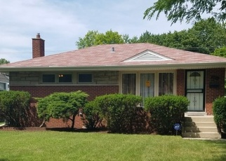 Foreclosed Home en CLYDE AVE, Calumet City, IL - 60409